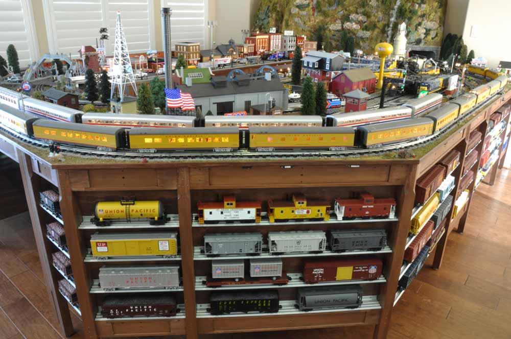 Benchwork Can Be Fun, O-Guage Railroading